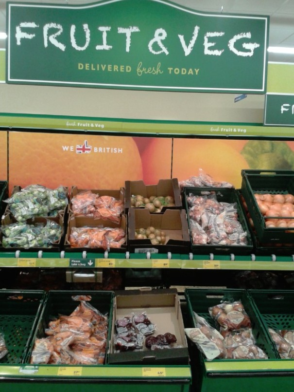 "Aldi ""shouts"" in their store how much produce they source from UK"