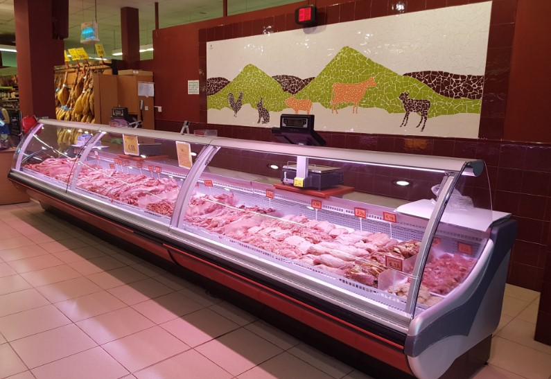 Mercadona Meat Counter.jpg